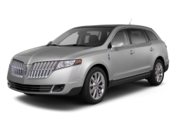 2013 LINCOLN MKT  - Front View