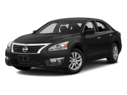 2015 NISSAN ALTIMA 2.5 S - Front View